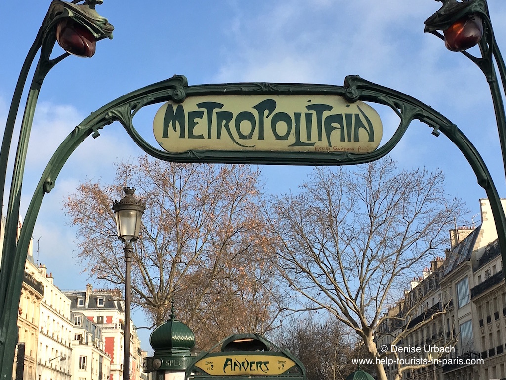 Metro Anvers in Paris