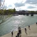 Spaziergang an der Seine in Paris
