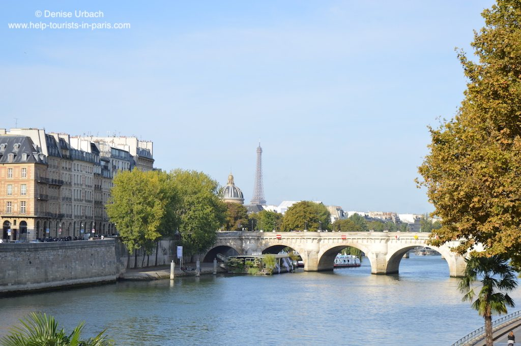 Conciergerie Blick auf Institut de France und Eiffelturm