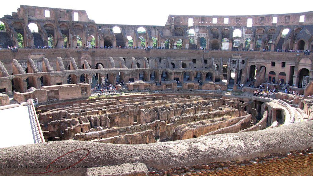 kolosseum-rom-innenansicht