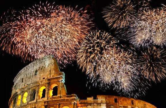 silvester-rom-feuerwerk