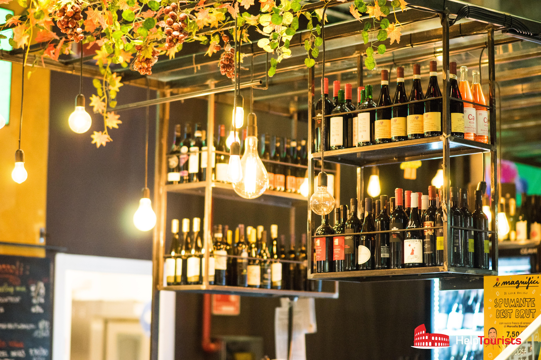 ROME_Wine shelfs