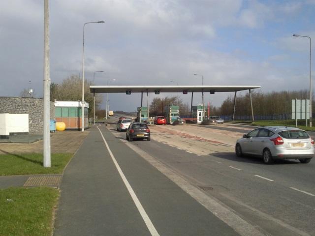 Cleddau Bridge gateline