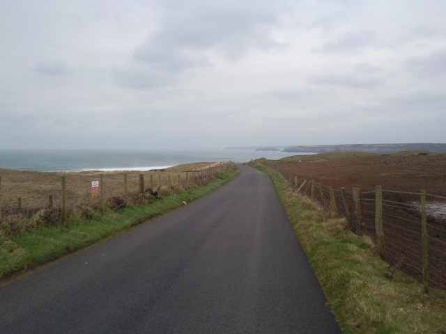Road heading down to Freshwater West