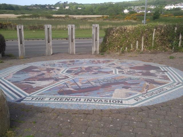 Invasion mosaic