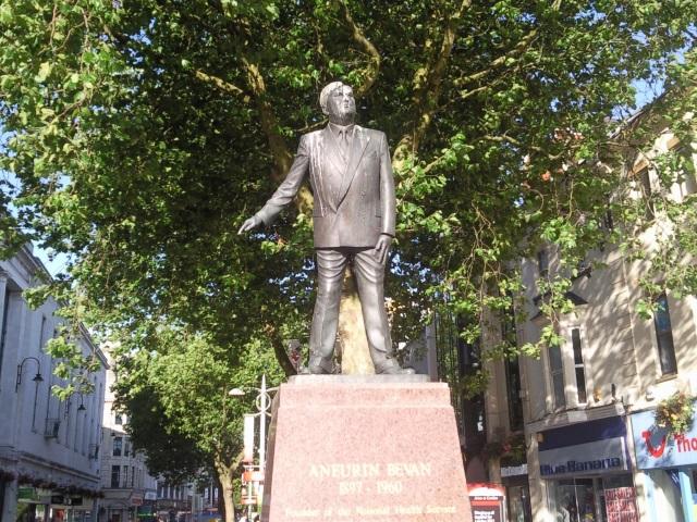 Nye Bevin statue