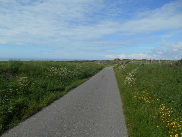 The road from Porth Oer