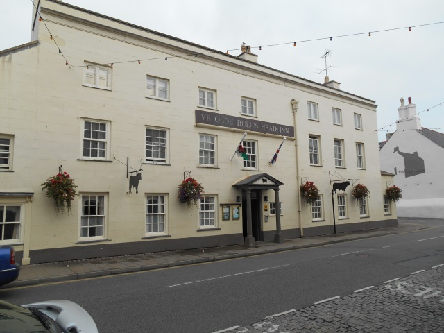 Ye Olde Bull's Head Inn