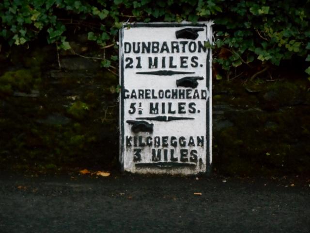 Milepost: Dunbarton 21 miles, Garelochhead 5½ miles, Kilcreggan 3 miles