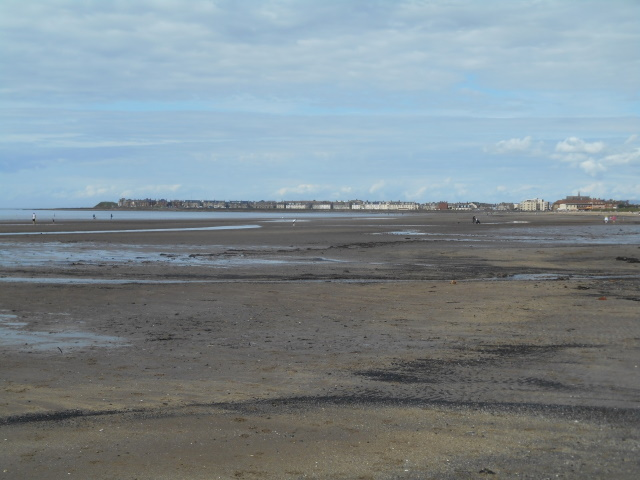Troon South Beach with the town in the background