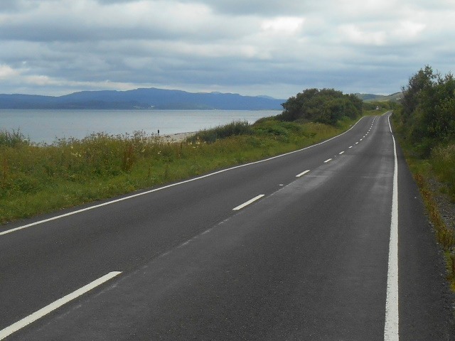 A-road approaching Ballochroy