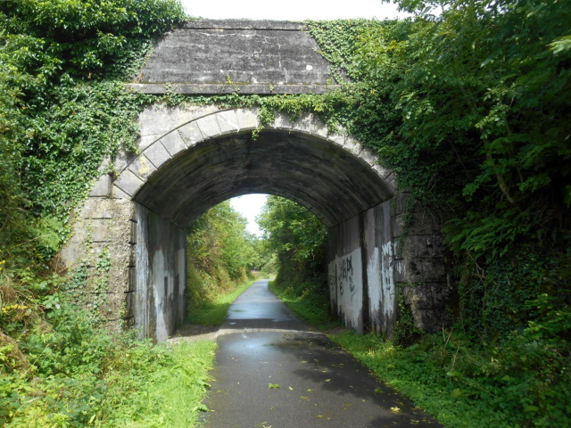 Bridge over old railway alignment