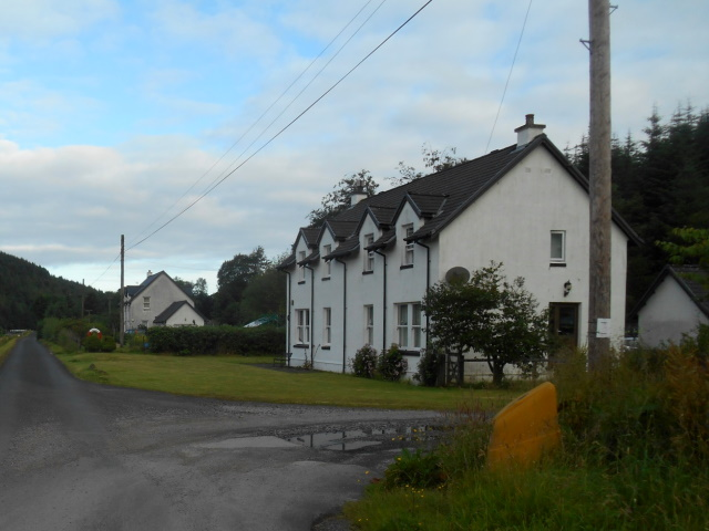 Cottages by the canal