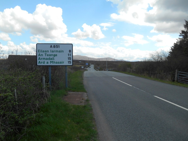 A851. A road sign indicates 8 miles to Isleornsay.