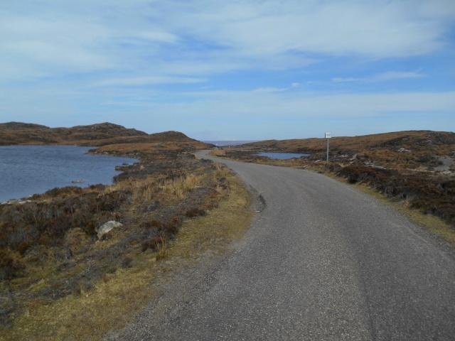 road between the two lochans