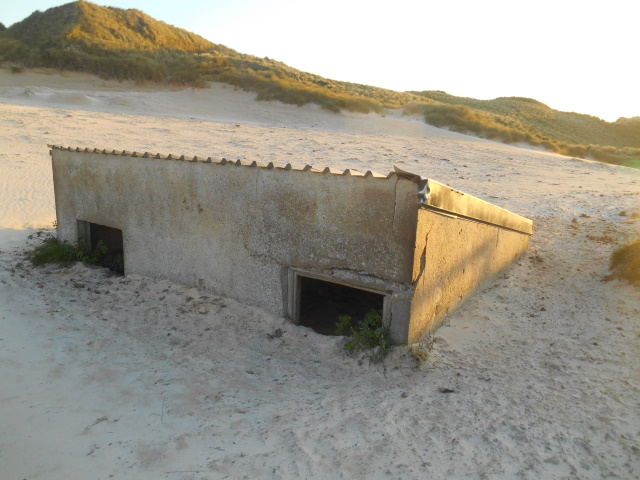 Hut swallowed by sands