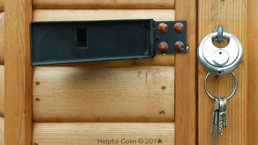 The Lullington Hasp With Disc Padlock & Keys - Securing Shed Doors