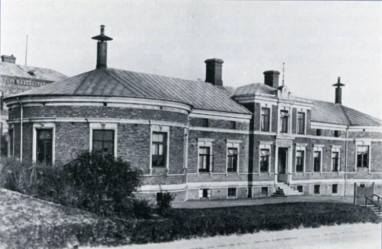 Det äldsta barnsjukhuset i Helsingborg, vid Bergaliden. Nu Medicinhistoriskt museum och sammanträdeslokal. Foto från Aspvall 1979.