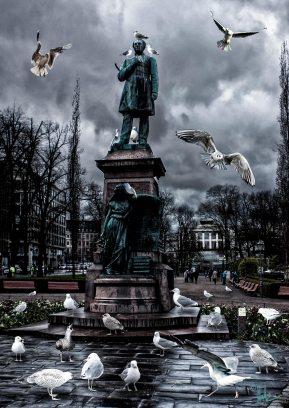 Helsinki Secrets revealed: Runeberg and the seagulls