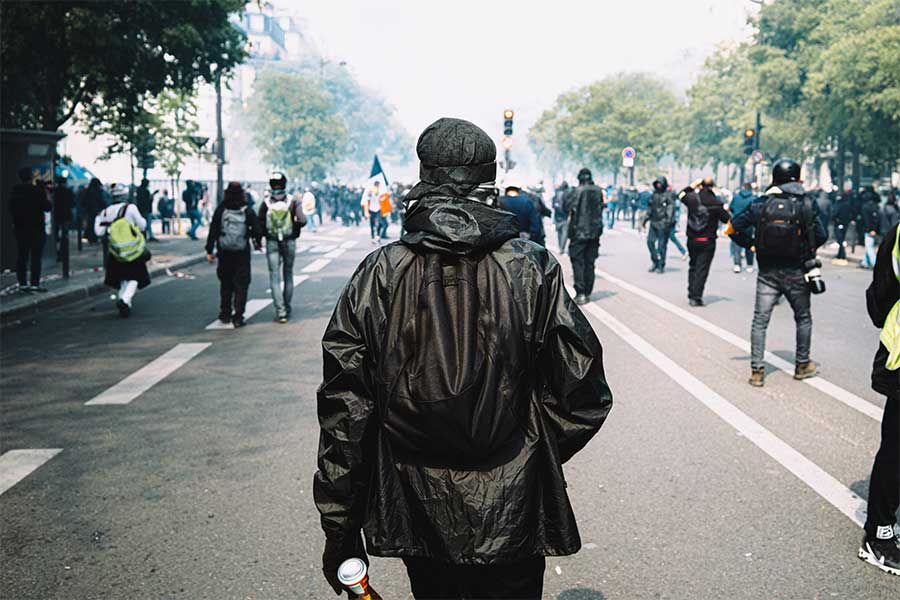 Focus from the series I am anarchist by Maxime Reynie