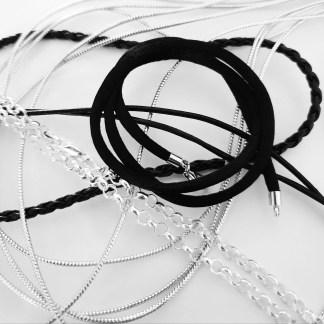 Cordons et chaines