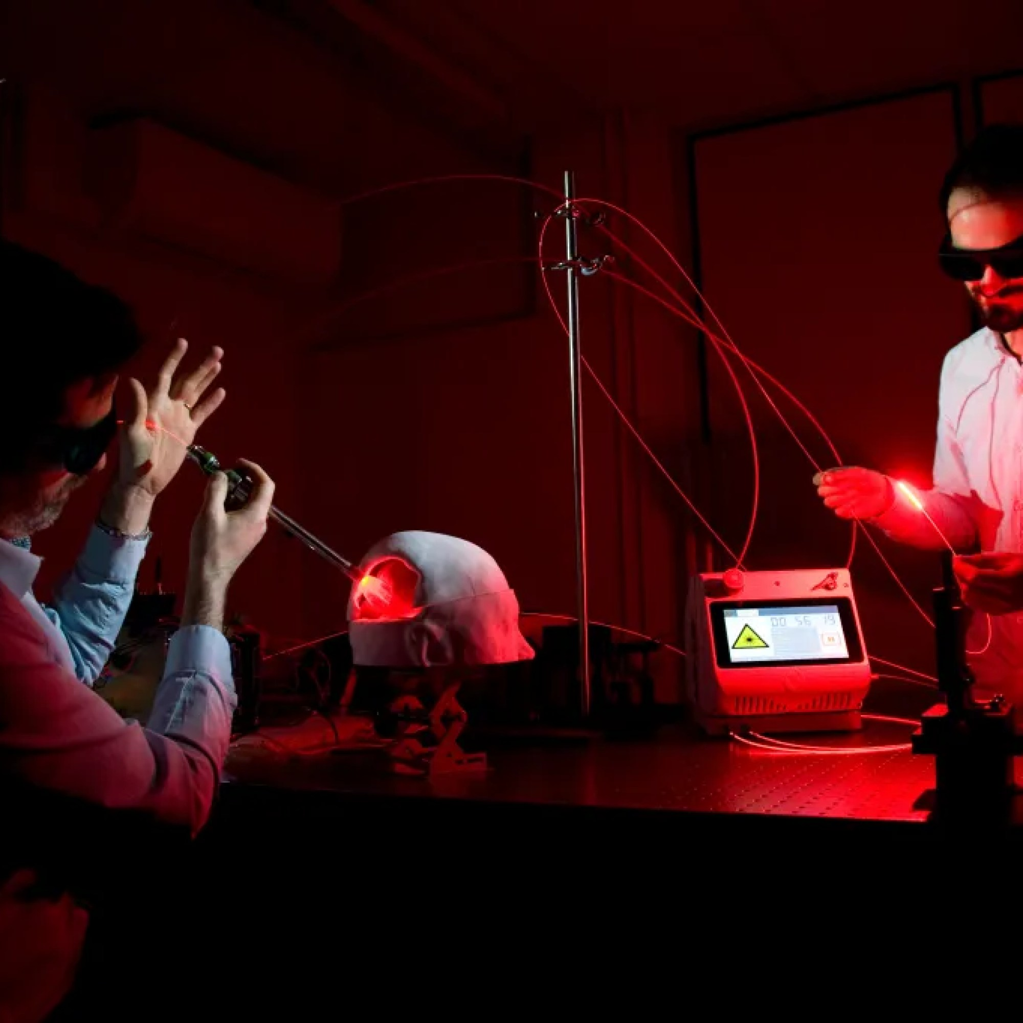 Hemerion develops innovative drug and photonics devices to treat cancer