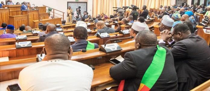 Vue partielle de l'Assemblée nationale du Bénin lors du discours à la nation du Président Patrice Talon le 27 décembre 2018 © https://www.flickr.com/photos/presidencebenin