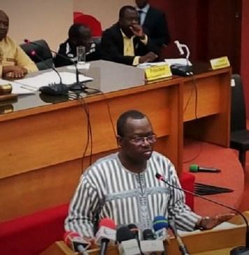 Lassané Kaboré, ministre de l'économie et des finances lors de la présentation du budget programme devant les parlementaires ce jeudi 20 juin 2019 © Joachim/HA
