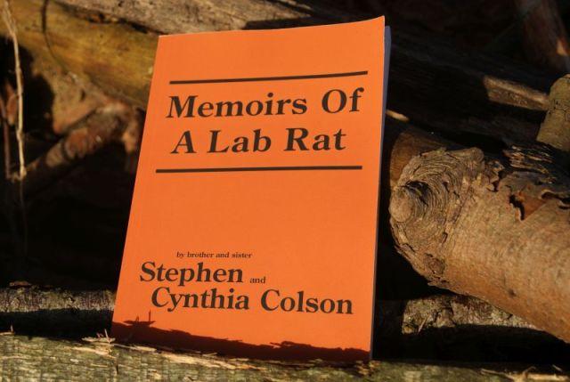 """""""Memoirs of a Lab Rat"""" af Stephen og Cynthia Colsonn - boganmeldelse - Bogfinken bogblog"""
