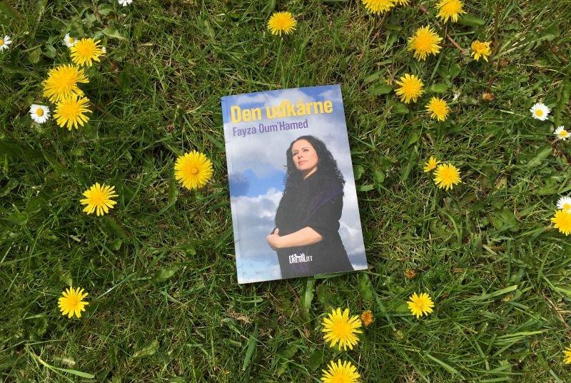 Den udkårne af Fayza Oum'Hamed - Bogfinkens bogblog