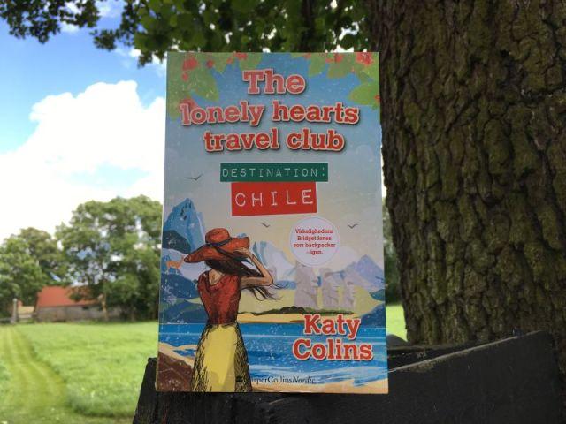 """""""Destination Chile"""" (The lonely hearts travel club #3) af Katy Colins - Bogfinkens bogblog"""