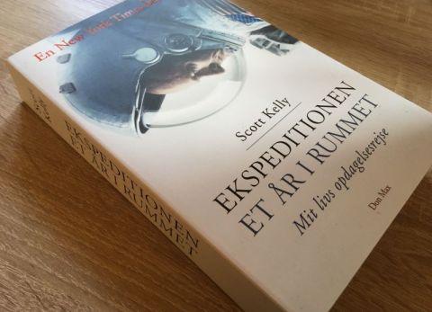 Ekspeditionen - et år i rummet af Scott Kelly - Bogfinkens bogblog