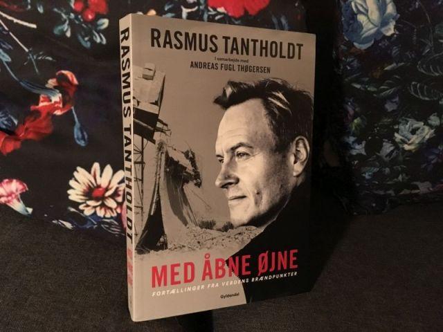 Med åbne øjne af Andreas Fugl Thøgersen, Rasmus Tantholdt - Bogfinkens bogblog