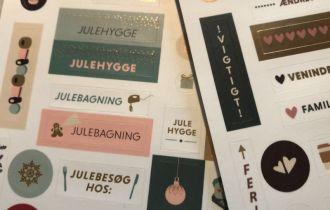 Tip - stickers til kalenderen fra Grand Stories Design - Bogfinkens bogblog