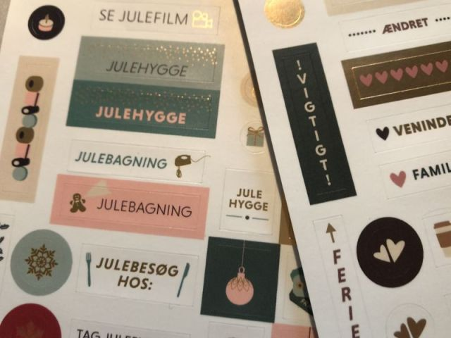 Tip - stickers til kalenderen fra Grand Stories Design - Bogfinkens bogblog