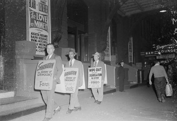 Protesting Ford's Theatre Jim Crow admission policy. Paul Henderson, ca. 1951. MdHS, HEN.00.A2-152.