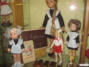 Куклы в классе