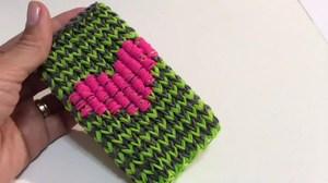 Paano mag-weave ng isang kaso mula sa goma sa telepono
