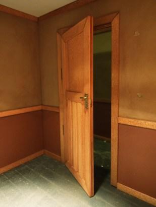 DISAPPEAR door