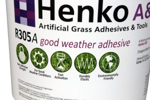 adhesive synthetic grass