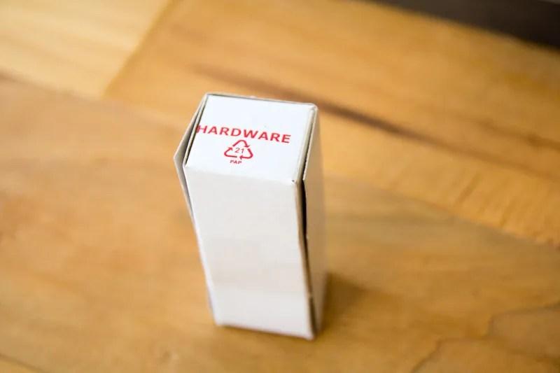 ストッケ・トリップトラップに付属の金具の入った箱