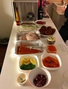 Ruokatarjoilu oli tälläinen 25.päivä mun luona ystäville ketkä tuli jouluaterialle. ei mikään maaiman kaunein asetelma, mutta hyvää oli :)