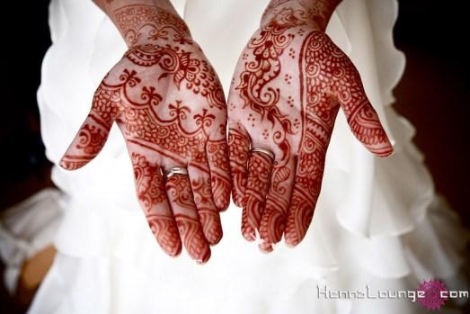 White and arabic fusion henna
