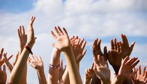 handen-omhoog