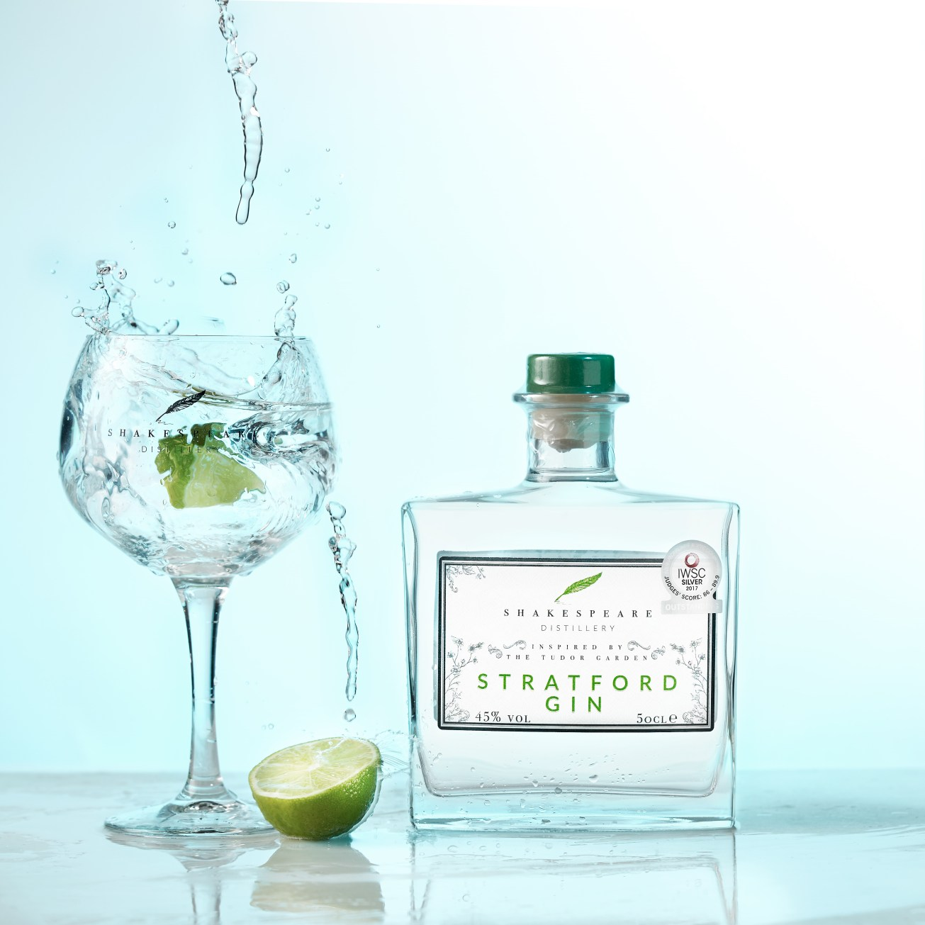 Drikkevarerbilder / drinks / beverage photography / gin / water splash