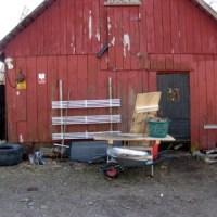 Henke bygger carport...