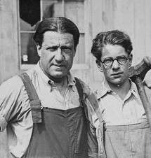 Stephen S. Wise and son (1918). Source: Wikipedia Commons.