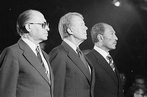 Menachem Begin, Jimmy Carter, and Anwar Sadat at Camp David (1978). By Fitz-Patrick, Bill, photographer [Public domain], via Wikimedia Commons