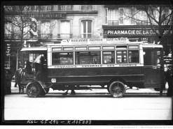 Autobus de la CGO, Boulevard Pasteur-Gare du Nord. Photographie de presse, agence Rol, 1912