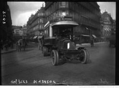 Autobus sans impériale de la CGO. Photographie de presse, agence Rol, 1909